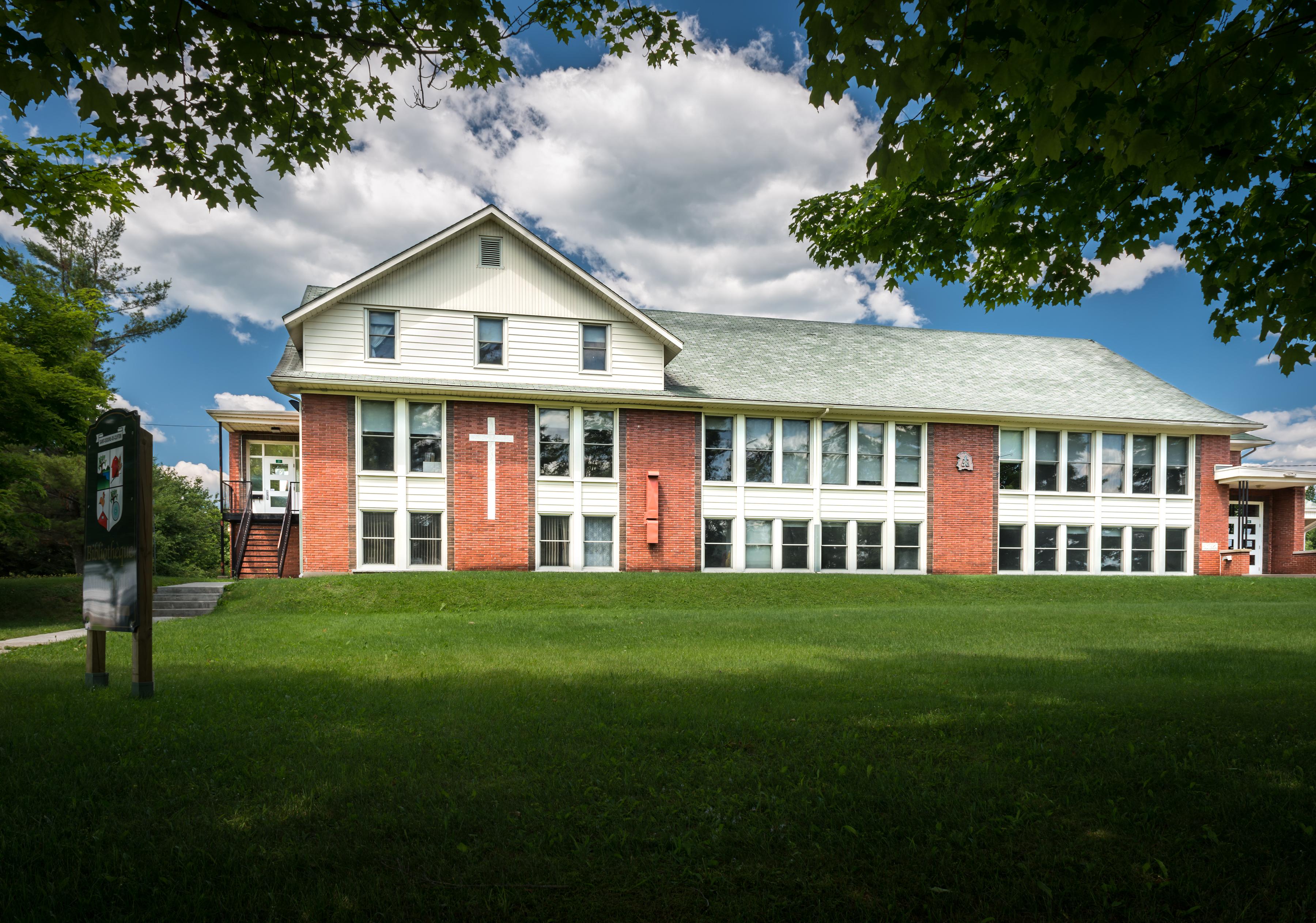 Ecole primaire des Trois-Cantons St-Isidore-de-Clifton Secteur East Angus